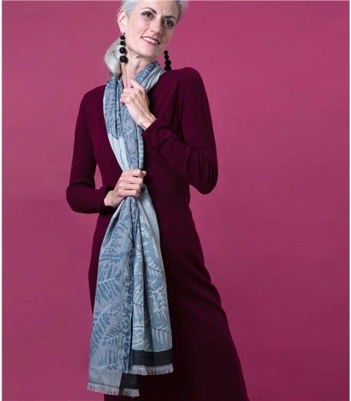 Jacquard Schal mit Blattmotiv aus reiner Wolle für Damen