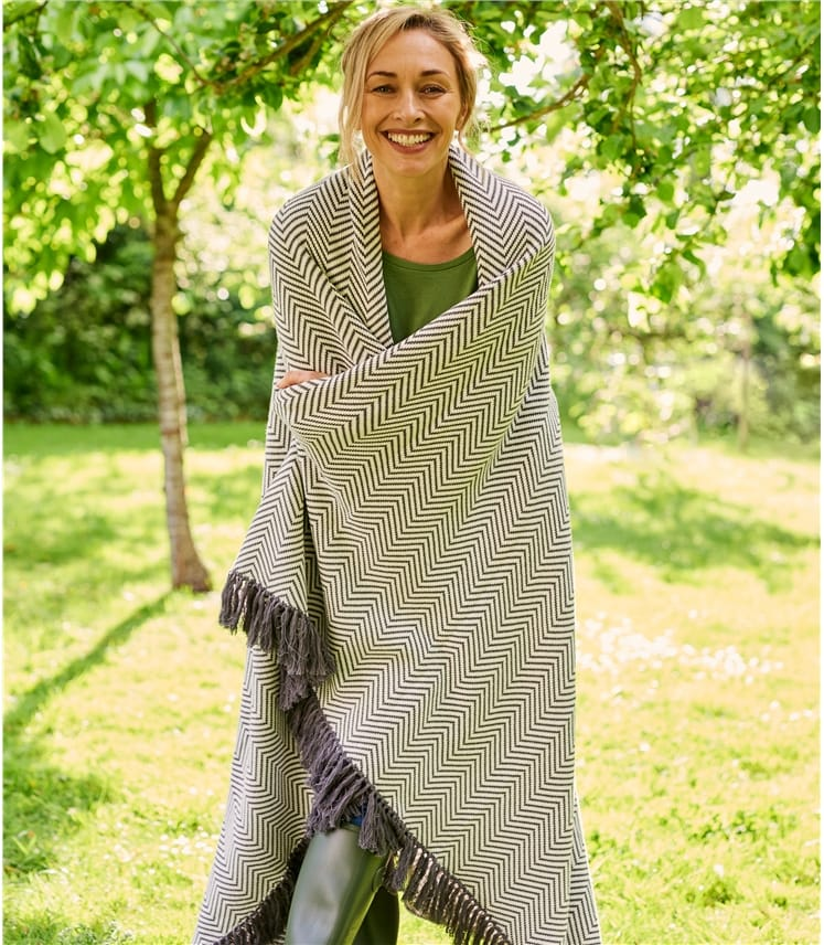 100% Cotton Chevron Blanket
