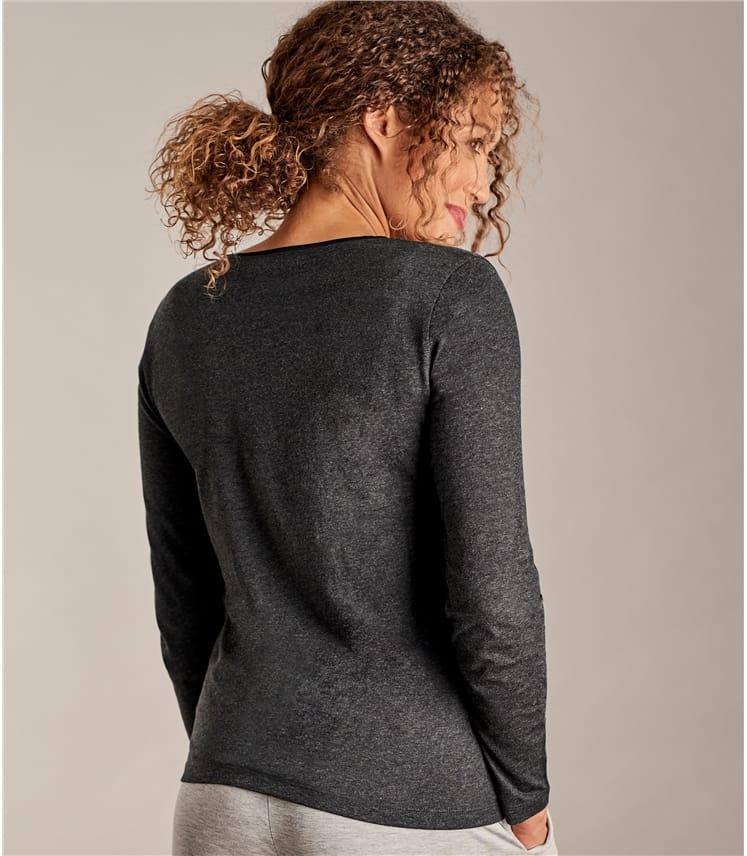 Womens Long Sleeve Scoop Neck Top