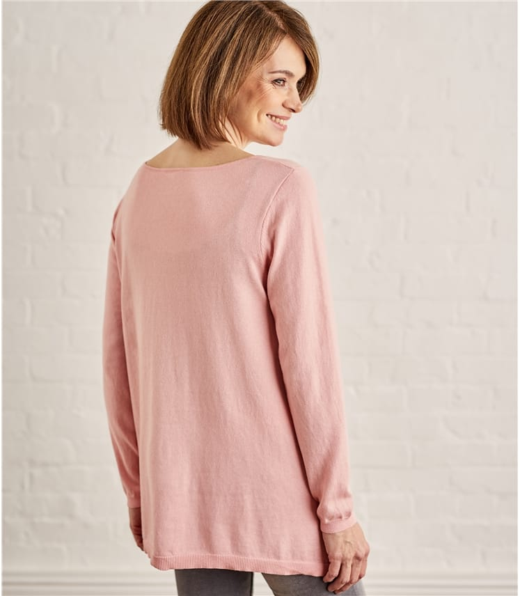 Womens Curved Neck Hanky Hem Jumper
