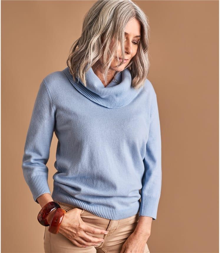 Женский свитер с воротником хомут из кашемира и мериноса